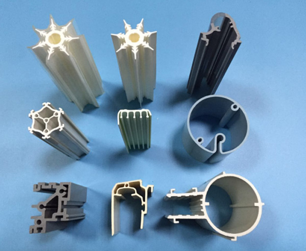 plastic extrusion supplier